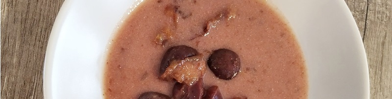Mézes-fahéjas szilvaleves